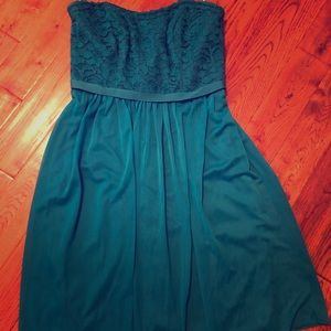 Turquoise strapless dress!